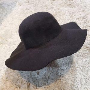 wool solid felt wide-brimmed hat black oversized